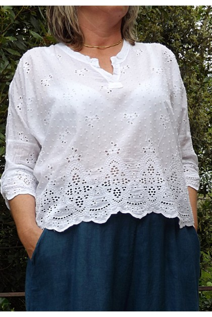 TOP EN BRODERIE ANGLAISE CAMILLE BLANC