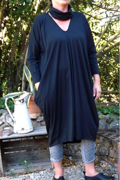 ROBE LONGUE COTON GRANDE TAILLE GLADYS NOIRE ET PANTALON LEO