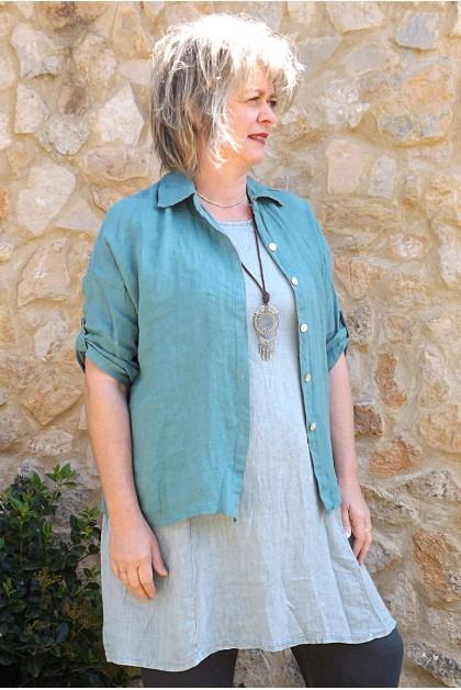 Chemise lin Albane vert eucalyptus, tunique Blandine et pantalon Gabriel lin