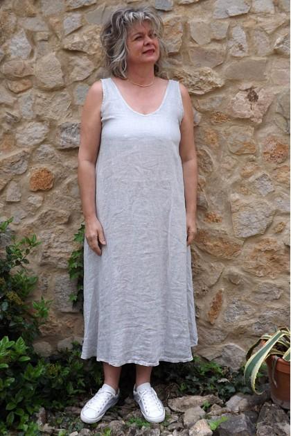 Robe lin gris clair délavé Isis.