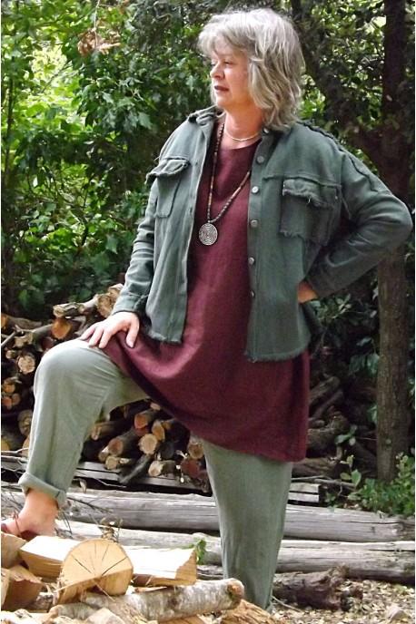 Veste courte Maguelone kaki, tunique lin Emma et pantalon lin Gabriel