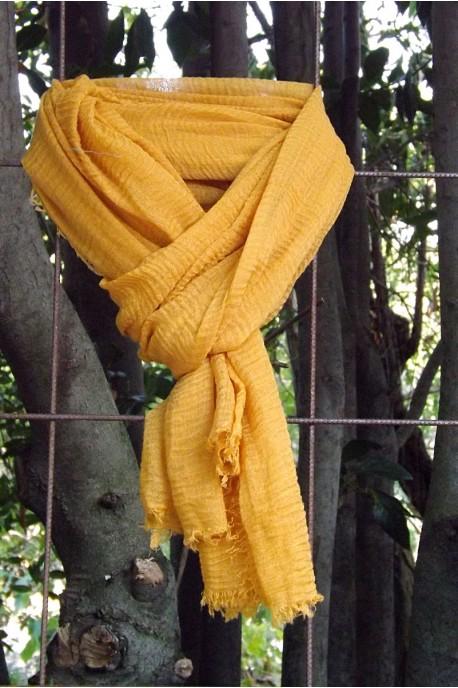 Foulard voile de coton jaune impèrial