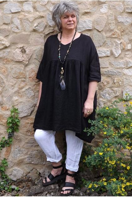 Tunique lin grande taille Marinette noire et pantalon lin Gabriel blanc.