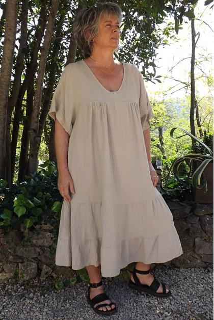 Robe coton gaufré grande taille Anastasia beige