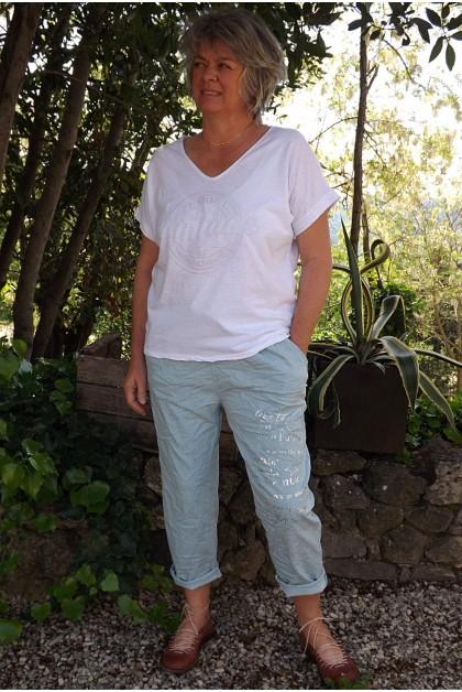 T-Shirt col V Enzo blanc et pantalon Tim imprimé