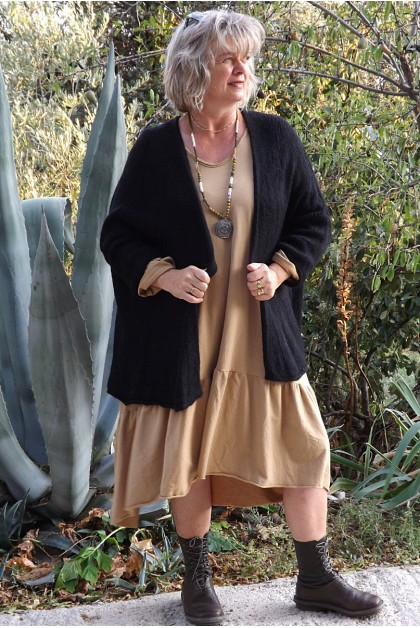 Gilet Grégoire Oversize noir et robe Célestine